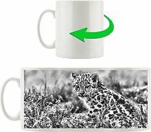 Kaffeebecher Junger Leopard im Gras