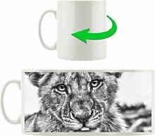 Kaffeebecher Löwenjunges auf Stein