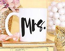 Kaffeebecher mit Aufschrift Mrs Wedding Marriage,