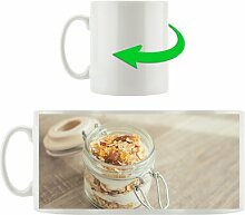 KaffeebecherMüsli im Glas