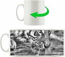 Kaffeebecher Tiger am Wasser