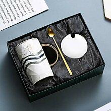 Kaffeetasse mit Deckel und Löffel, lustige