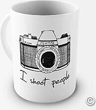 Kamera für den Menschen I Shoot witzige Kaffeetasse als Geschenk oder fürs Bü... Keramiktasse