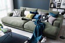 KAWOLA Big Sofa MADELINE Stoff olivgrün