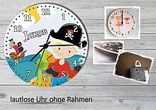 Kinder Wanduhr Kinderuhr Kinderzimmer Uhr mit Namen personalisiert laufruhig leise Pirat 2 (20.6 cm)