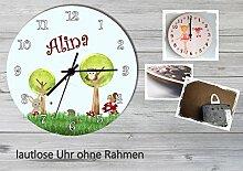 Kinder Wanduhr Kinderuhr Kinderzimmer Uhr mit Namen personalisiert laufruhig leise Waldwiese (20.6 cm)