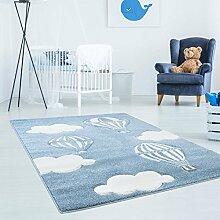 Kinderteppich Hochwertig Bueno mit Heißluft-Ballon, Wolken in Blau/ Weiß mit Konturenschnitt, Glanzgarn für Kinderzimmer Größe 160/160 cm Rund