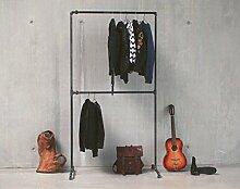Kleiderstange Industrial Design | Metall Kleiderstange | Möbel aus Temperguss Rohren | Kleiderständer schwarz | KWERQUS | Designer Garderobenstange