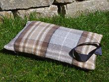 Kniekissen Tweedmill - MacKellar - Wolle