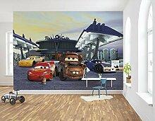 Komar Disney Fototapete | CARS3 Station | Größe: