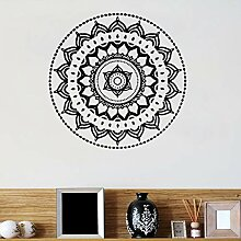 Kreative Mandala Muster Geschnitzt