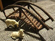 Krippenzubehör, Brücke mit zwei Schafe aus Holz