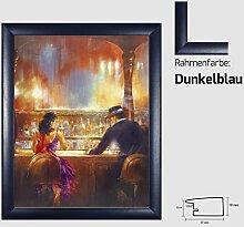 Kunstdruck ALVAREZ - After Midnight II In der Bar Mann und Frau gemalt 40 x 50 cm mit MDF-Bilderrahmen Pisa & Acrylglas reflexfrei, viele Farben zur Auswahl, hier Dunkelblau