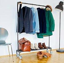 KWERQUS Kleiderstange im Industrie Design| LEVI |