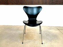 Lackierter Vintage AJ 3107 Stuhl aus Eschenholz