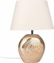 Lampe mit mattgoldenem Keramikfuß und weißem