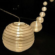 Lampion Lichterkette mit 15 LED-Lampions weiss Ø 15 cm Garten außen von Gartenpira