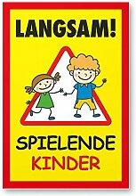 Langsam Spielende Kinder Schild (gelb-rot, 20 x 30cm), Hinweisschild, Warnzeichen, Warnschild - Verkehrsschild langsam fahren, Warnung, Hinweis Spielstraße und Spielplatz - Vorsicht spielende Kinder