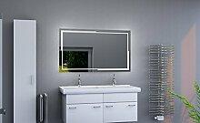 LED beleuchteter Badspiegel mit Licht