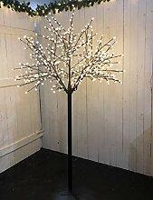 LED Lichterbaum mit 500 warm-weißen Lichtern