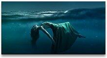 Leinwandbild Frau unter Wasser East Urban Home