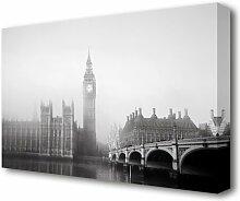 Leinwandbild Morgendunst über London in Grau East