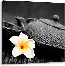 LeinwandbildOrientalische Teekanne mit kleiner
