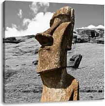 LeinwandbildVerschüttete Moai Statue auf den