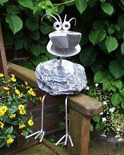 Leon sitzend Steinvogel bzw. Edelstahlvogel aus Edelstahl und Stein ein schöner Gartenvogel die besondere Art der Gartendeko Größe M ca 30 cm