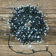 Lichterkette 52,5 m, 750 Mini LEDs kaltweiß, grünes Kabel, 30V-Trafo
