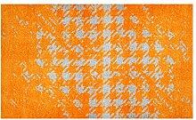 LifeStyle-Mat 200076 Chaos, rutschfeste und waschbare Fußmatte, ideal für den Eingang, die Garderobe oder Küche, 67 x 110 cm, orange