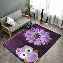 Lila Teppich mit Blumen- und Eulenbereich