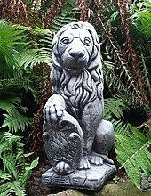 Löwe mit Wappen rechts aus Stein Guss sehr schwer ca. 15000 gr. / 15 Kg ein hinseher zu Weihnachten verschenken
