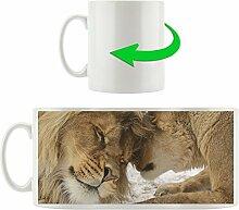 Löwenpaar, Motivtasse aus weißem Keramik 300ml, Tolle Geschenkidee zu jedem Anlass. Ihr neuer Lieblingsbecher für Kaffe, Tee und Heißgetränke.