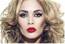 Lomoko Blond mit Make-up Poster Leinwand Malerei
