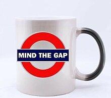 London sign Coffee Mug - Mind The Gap Mug (Heat