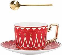 Luxuriöses Kaffeetasse und Untertasse im