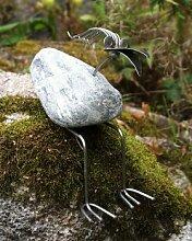 Luzi sitzend Steinvogel bzw. Edelstahlvogel aus Edelstahl und Stein ein schöner Gartenvogel die besondere Art der Gartendeko Größe S 20 cm