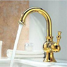 makej Badezimmer goldene Armaturen mit Porzellan