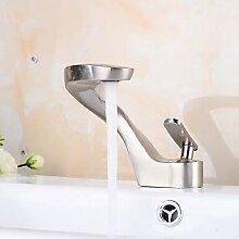 Mangeoo Waschbecken Wasserhahn - Nickel gebürstet