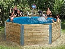 Massivholz-Swimmingpools Korsika - AKTION: inkl, Einhängeleiter gratis - Außenmaß: 471 x 571 cm, Innendurchmesser: 500 cm, Wasserkapazität: 18,2 m³, Sandfilteranlage MEDI: vorhanden