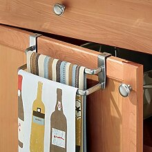 mDesign Geschirrtuchhalter – doppelte Halterung zum Einhängen über die Küchenschrank-Tür – Der praktische Handtuchhalter ohne Bohren ist auch als Handtuchstange im Bad geeignet – Silber