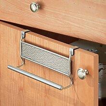 mDesign Geschirrtuchhalter – zum Einhängen in die Küchenschrank-Tür – Handtuchhalter ohne Bohren auch als Badetuchhalter geeignet – metallfarben