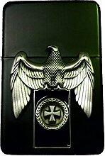 MM 2.002.864.3 Feuerzeug Historisches Sturmfeuerzeug Eisernes Kreuz Emblem auf Platte mit Adler - 1918, schwarz matte