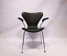 Modell 3207 Seven Stuhl aus schwarzem Leder von