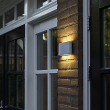 Moderne Außenwandleuchte weiß 17,5cm inkl. LED -