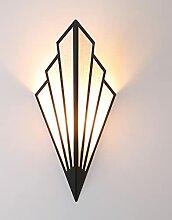 Moderne Metallwandwandleuchte, Kreative