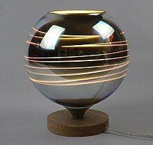 Moderne Tischlampe aus Holz und bunte