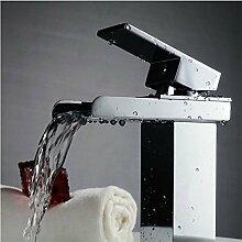 Modernes Badezimmer Waschtisch Armatur Bad Kupfer heißen und kalten Wasserhahn WC-Armatur Wasserhahn Wasserfall mischen