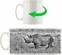 Monocrome, großes Nashorn mit Zebrahorde,